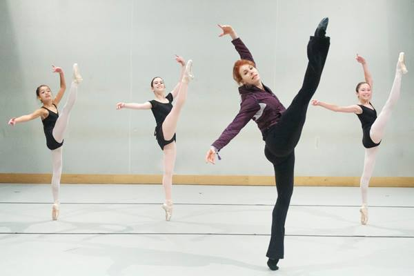 Josie Walsh teaching at the Joffrey Ballet School San Francisco summer program. Photo by Jody Q. Kasch